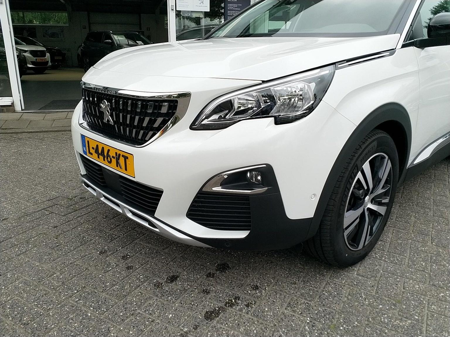 Peugeot-3008-11