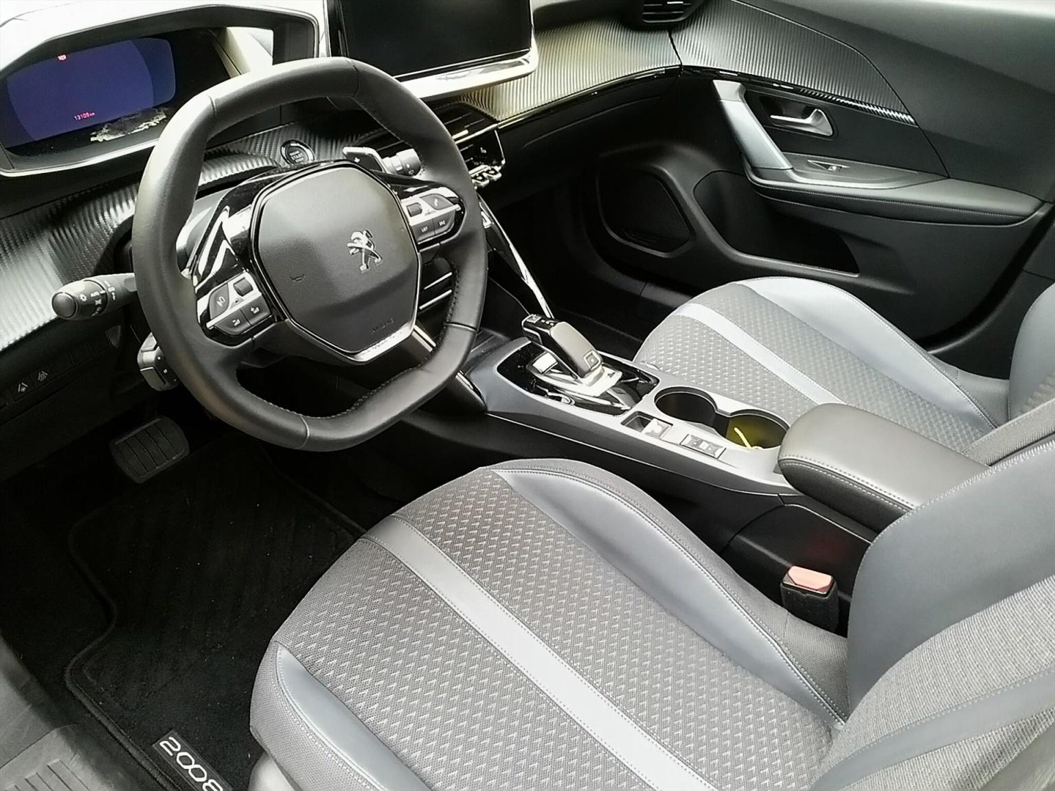 Peugeot-2008-2